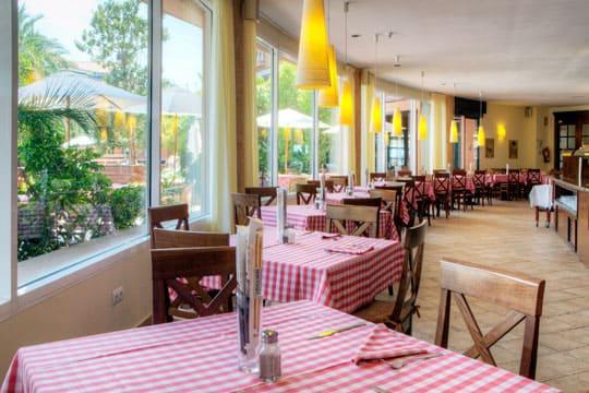 Pizzeria AlCapone en el hotel